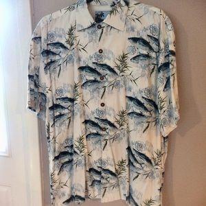 Men's AFTCO shirt
